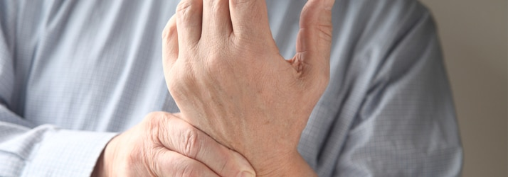 the best chiropractor in Clovis sees patients with carpal tunnel syndrome